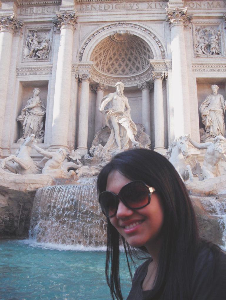 Italian Fontana di Trevi